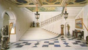 Doll's House foyer